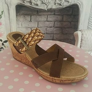 B.o.c Born on Concept Wedge Sandals Brown Size 11M